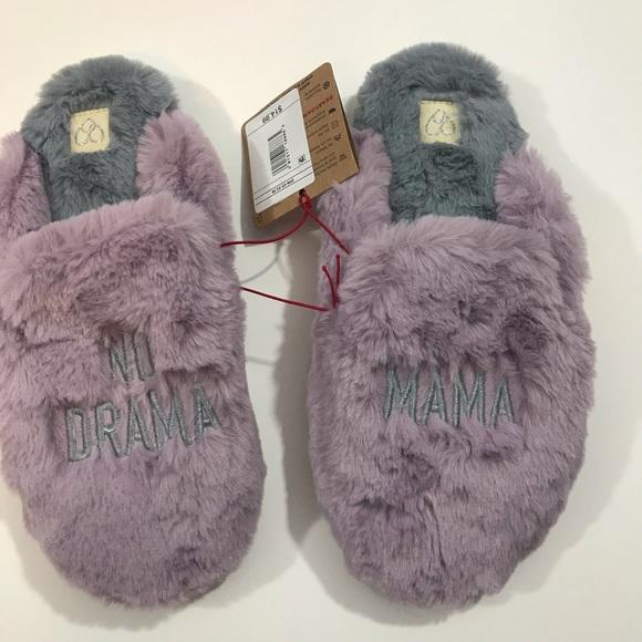 NWT Dearfoams Women/'s Memory Foam Rebecca Velour Slipper black and purple